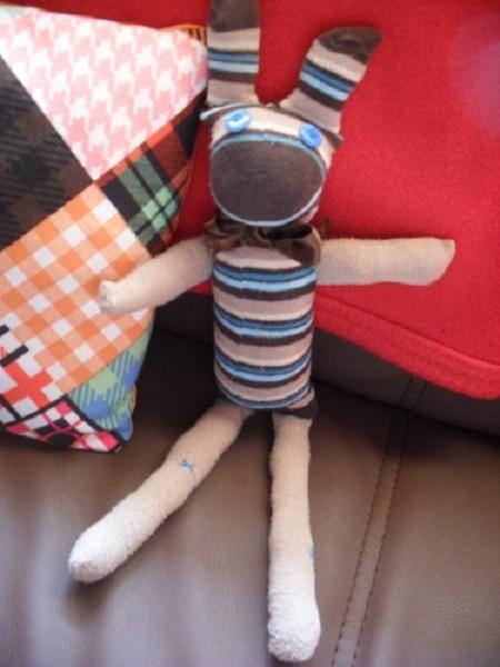 Connu Recyclage vêtement : les doudous chaussettes ZW81