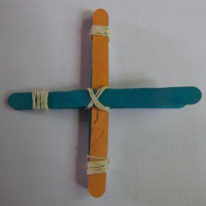 fabriquer une mini catapulte