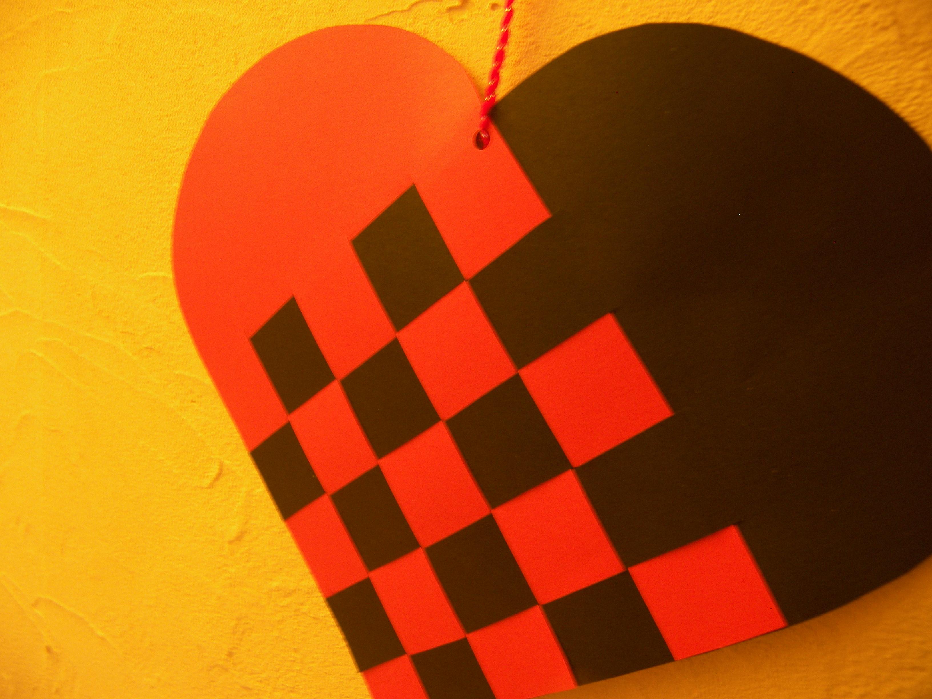 faire coeur croisé