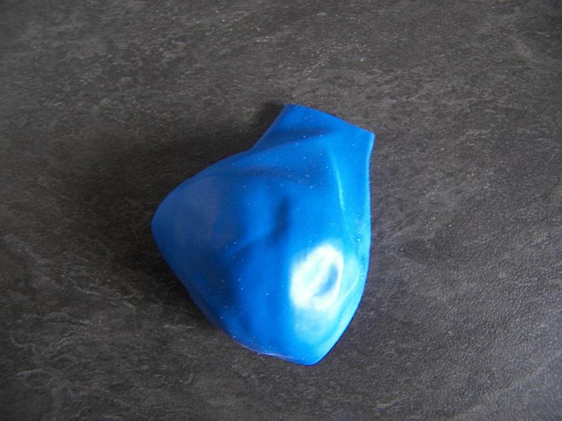 ballon baudruche coupé