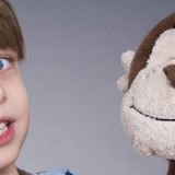 Comment développer les compétences des jeunes enfants avec des marionnettes