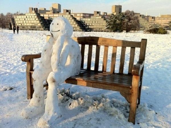 penseur de neige