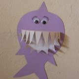 Faire un requin avec une assiette en carton