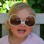Comment choisir des lunettes de soleil pour vos enfants