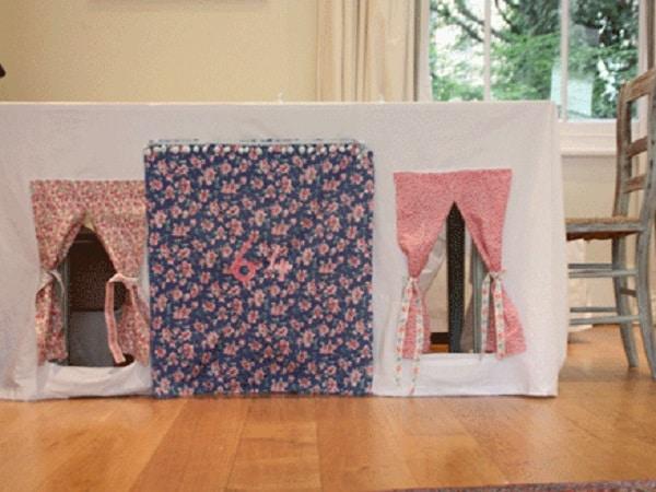 cabane sous une table 15 id es maison. Black Bedroom Furniture Sets. Home Design Ideas