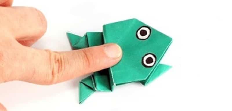 Origami grenouille facile qui peut sauter - Origami facile grenouille ...