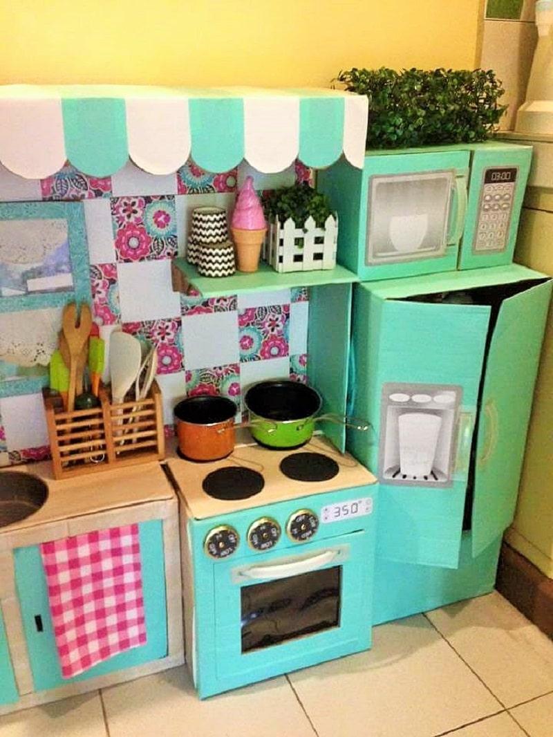 Comment cr er une mini cuisine en carton pour votre enfant - Comment fabriquer une cuisine pour petite fille ...