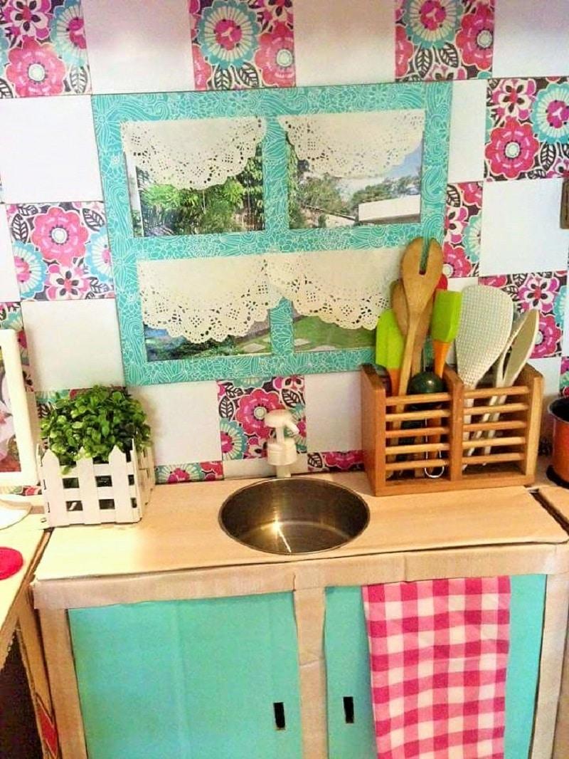 Comment cr er une mini cuisine en carton pour votre enfant - Jeux de nettoyage de chambre ...