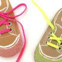 Faire ses lacets avec une carte chaussure