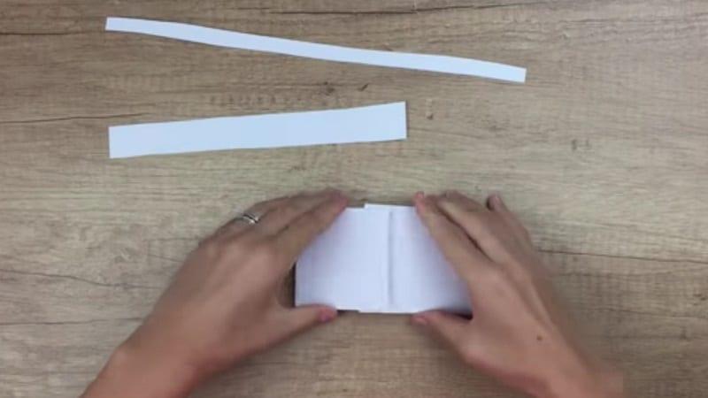 faire une main de suqelette en papier