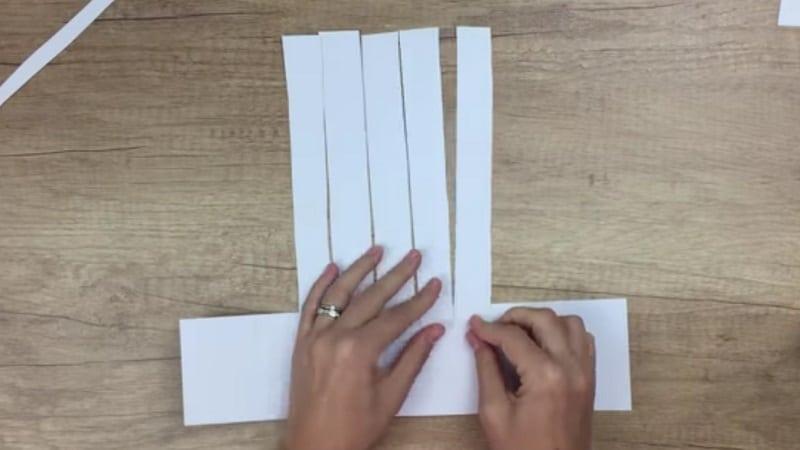 comment faire une main de squelette en papier