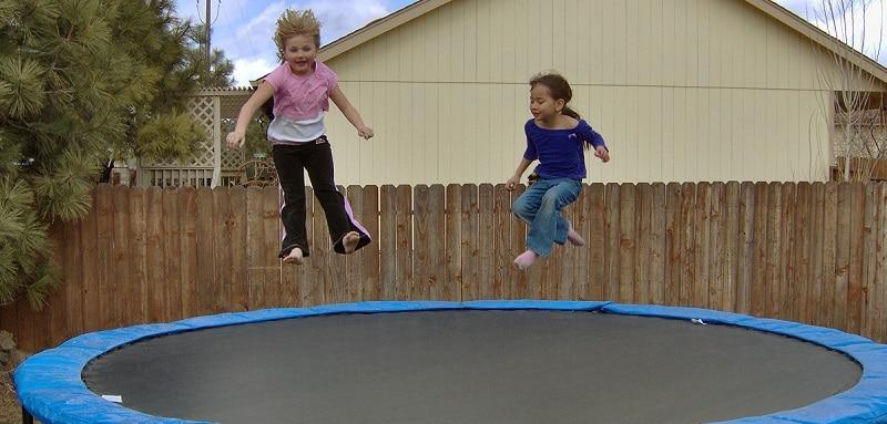 jeux de trampoline a deux