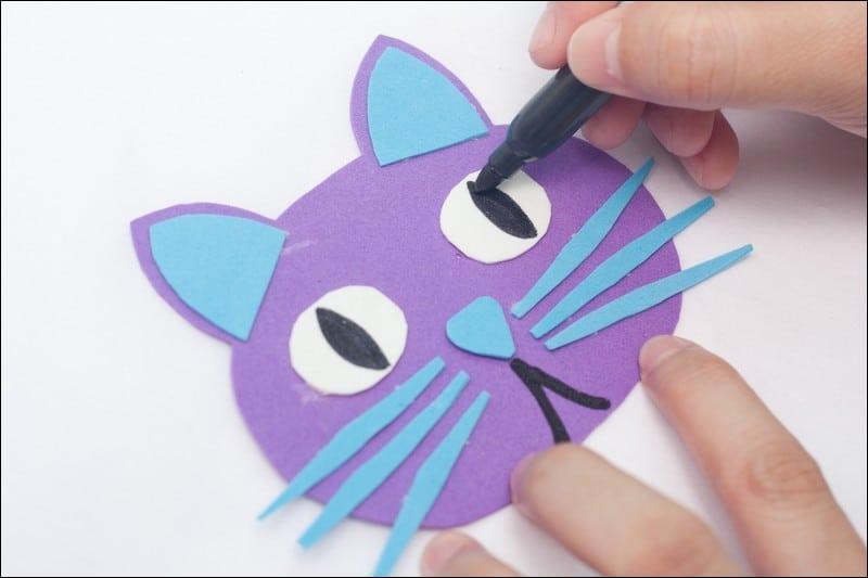 teête de chat en papier mousse