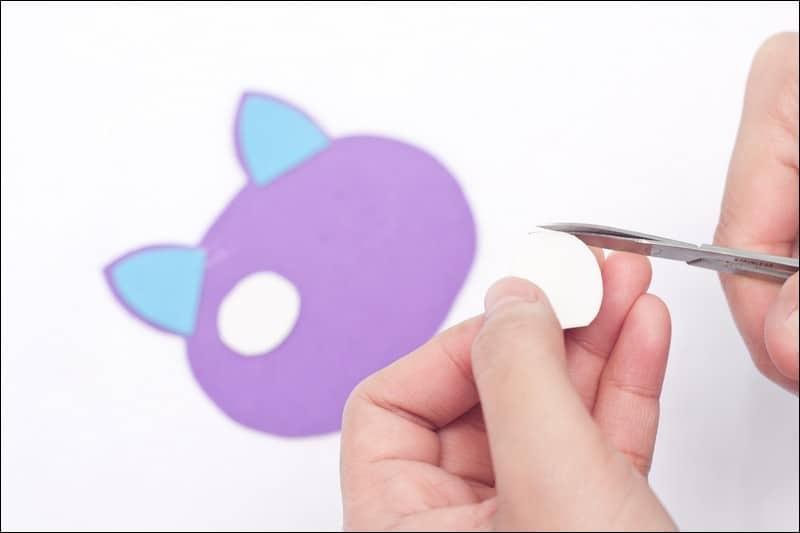 chat en papier mousse