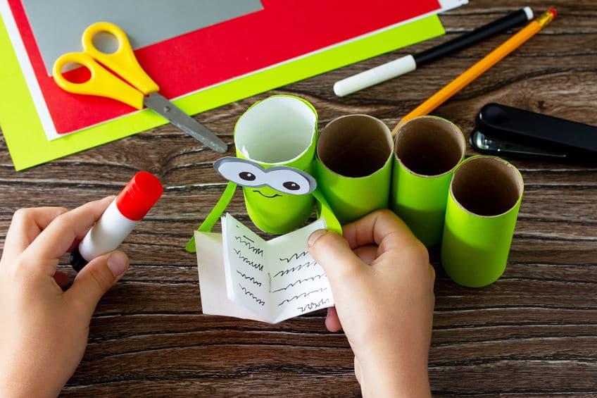 pot à crayon rouleau papier toilette