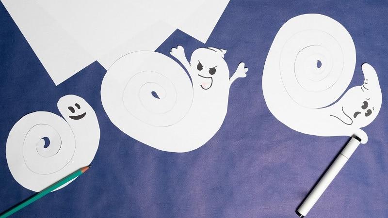 fantomes en papier