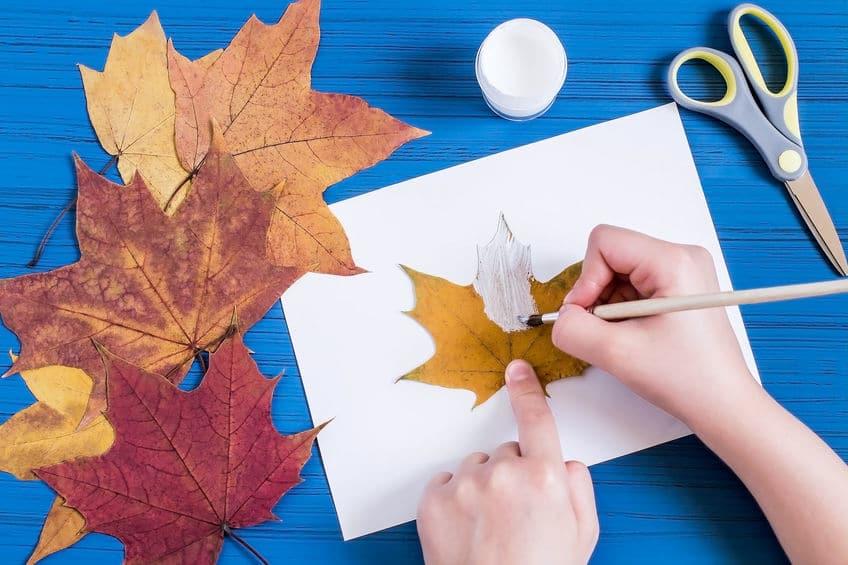 bricolage halloween feuilles