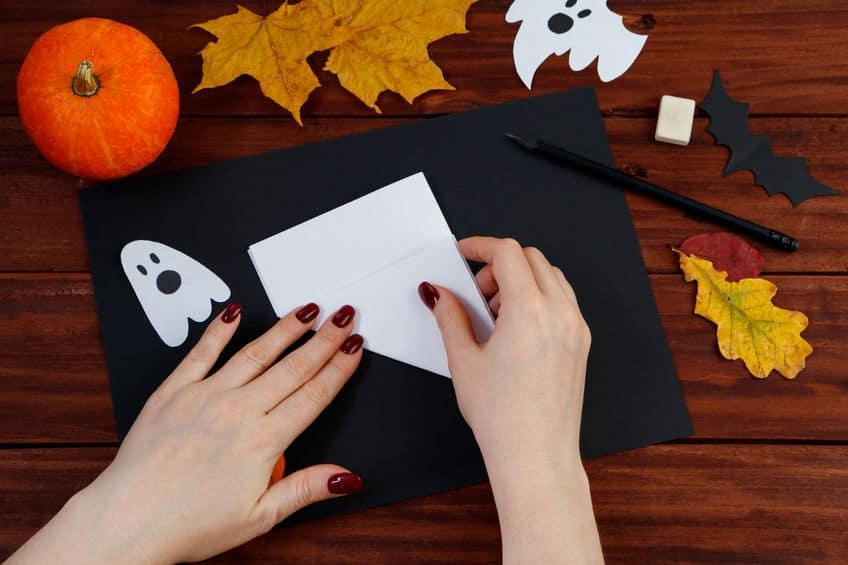 tutoriel toile araignée en papier
