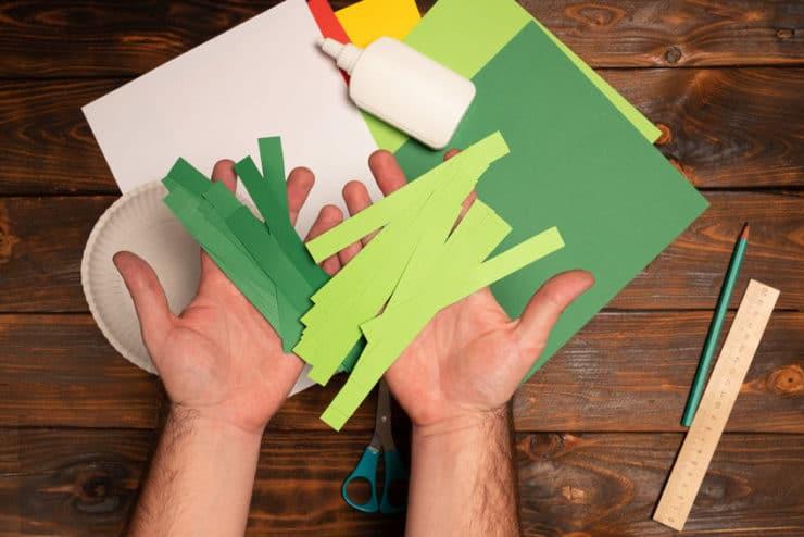 bandes de papier vert