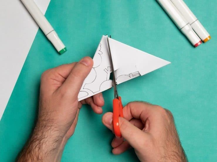 flocon de neige en papier découpage