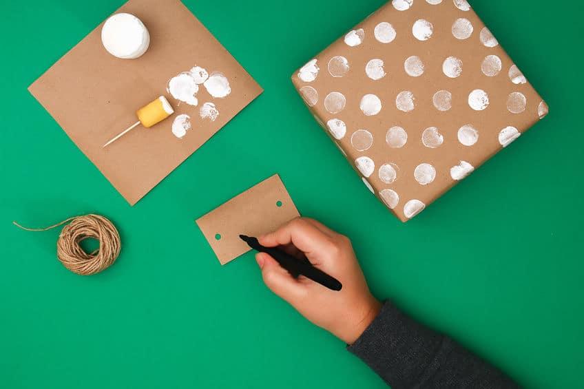 idée originale pour emballer un cadeau