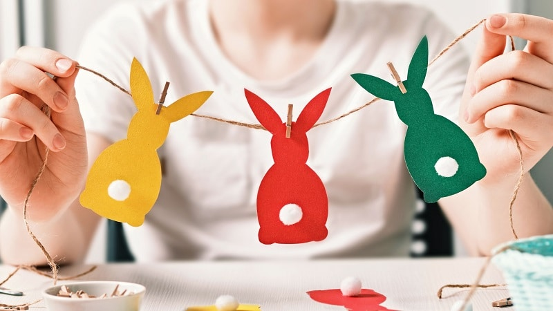 Guirlande de Pâques en papier