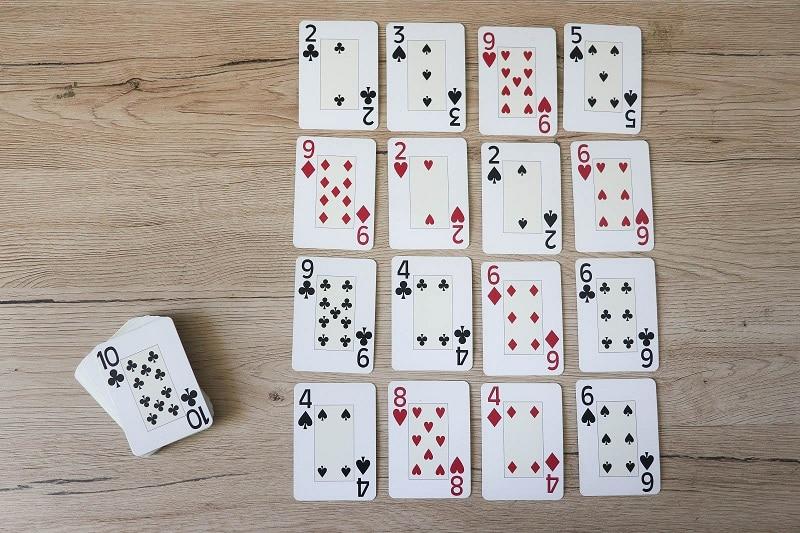 jouer aux cartes mathematique