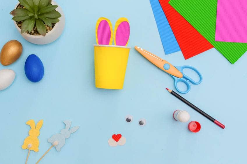 bricolage lapin gobelet plastique