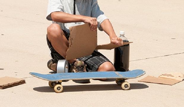 fabriquer fusée avec skateboard